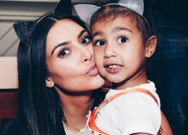 Kim Kardashian en North West, North west modellenklus campagne Fendi