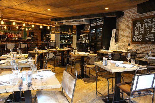 beefsteak club dining hotspot