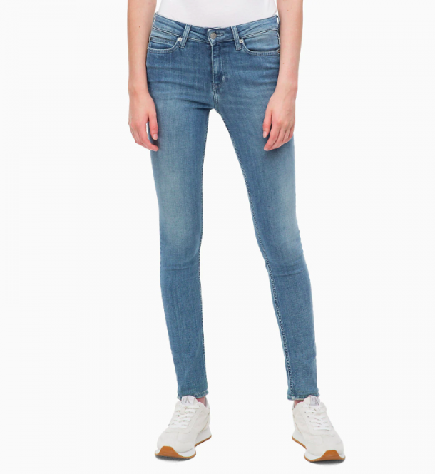 Deze 5 jeans struggles komt iedereen bekend voor zo los je
