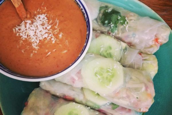 vegan snacks - vegan hapjes - veganistische recepten - veganistische recept makkelijk - vegan hapjes borrel - vegan borrelhapjes - vegan taart maken - vegan koken