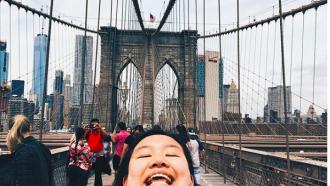 chinning selfie trend