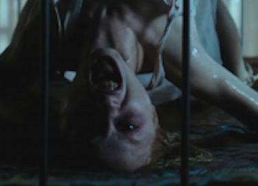 horrorfilm pretty little liars shay mitchell