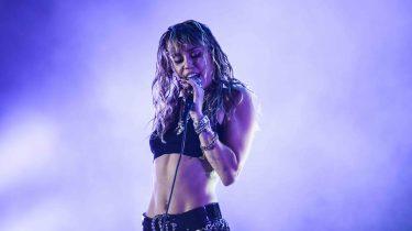 Miley Cyrus Kaitlynn Carter seks
