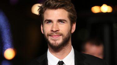 Wie is dating die Liam Hemsworth